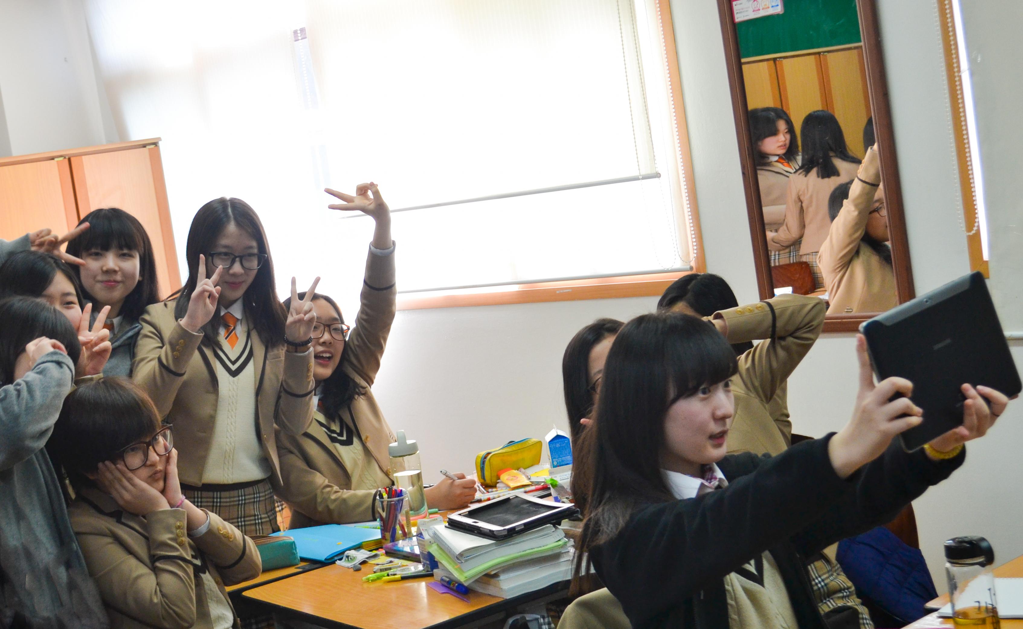 016_Class selfie